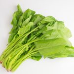 葉物野菜の残留農薬を落とす方法:水洗いよりも…